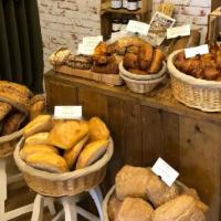 Proef het vers gebakken brood van The WineKitchen at Home
